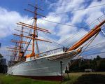 [船舶] 現存する唯一の鉄船・明治丸と、東京海洋大学の天体観測台(東京都江東区)